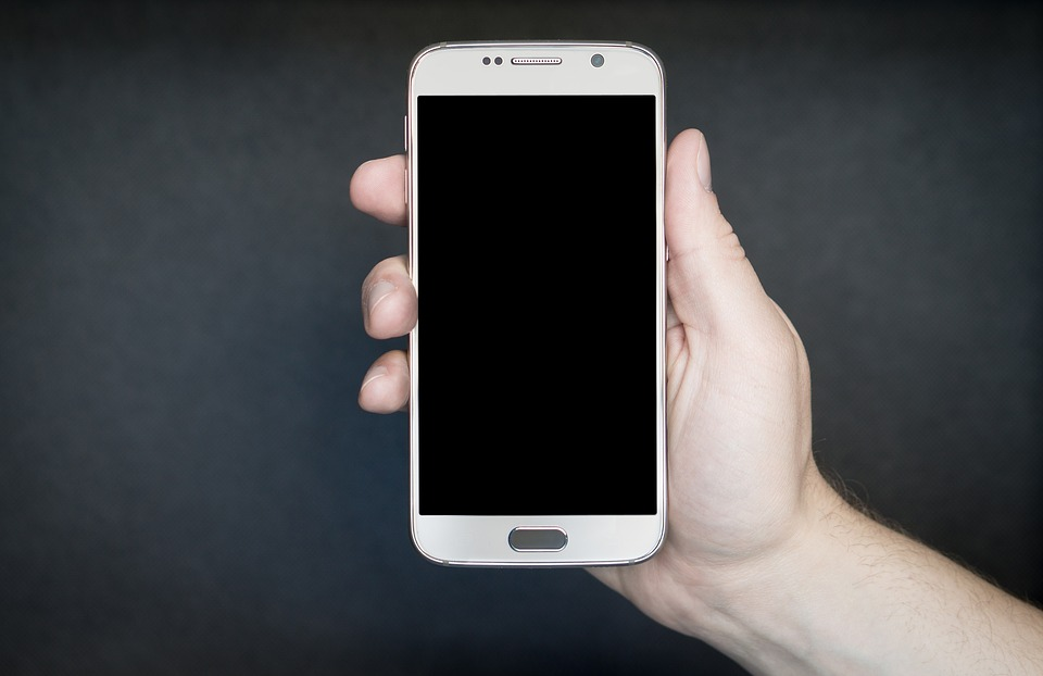 Tips for Choosing the Best Online Store to Buy Latest Android Phones