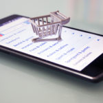 What to Keep in Mind When Choosing an Online Phone Shop