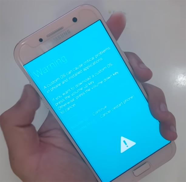 Samsung A7 2017 Download Mode Warning Screen