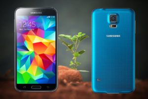 Samsung Galaxy S5 with small plant Background