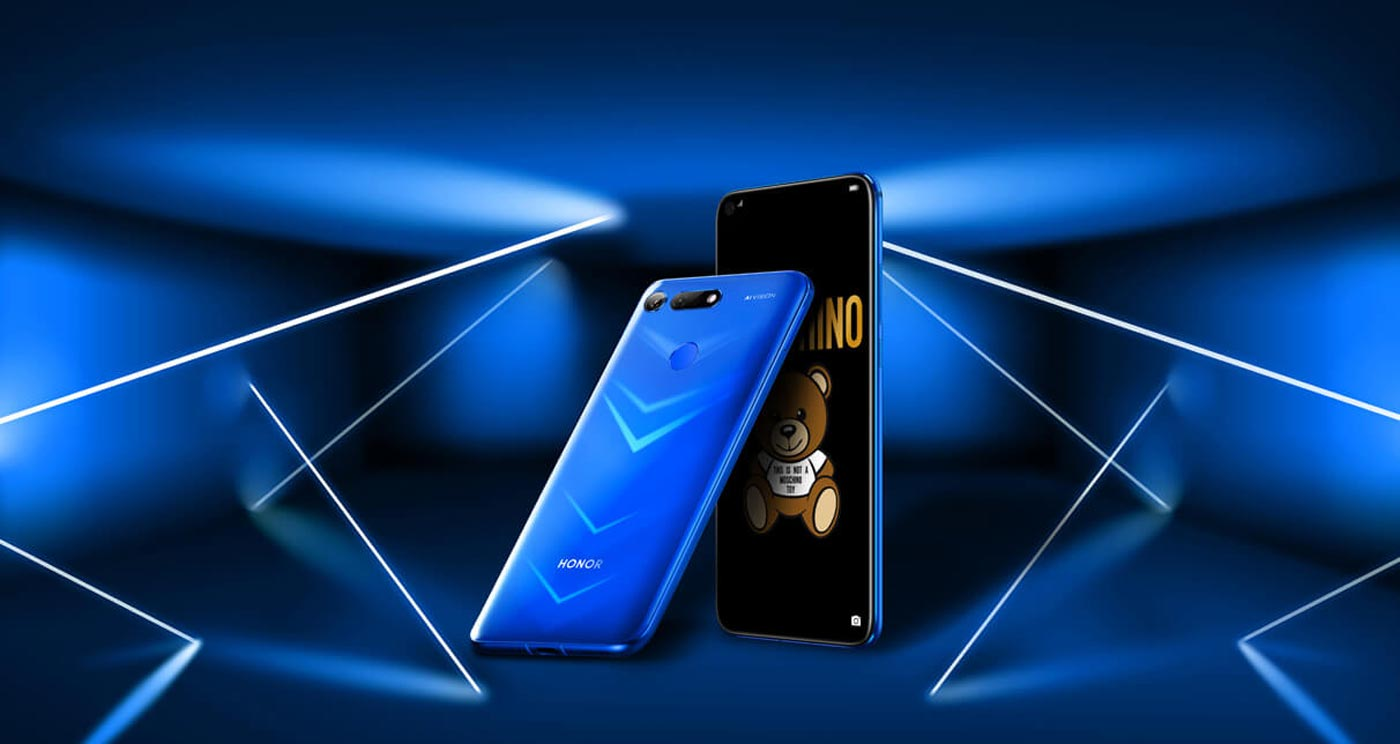 Honor View 20 with Dark Blue Background