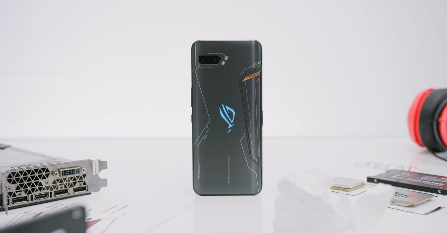 Asus ROG Phone 2 With Computer Graphics Card