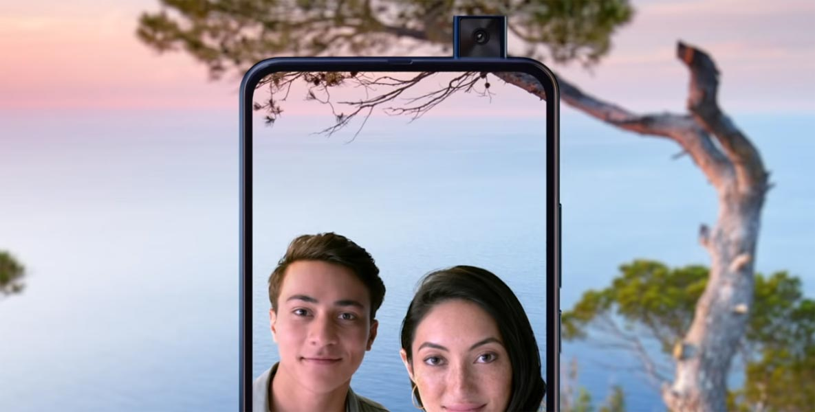 Pop-Up Selfie Camera Motorola One Hyper