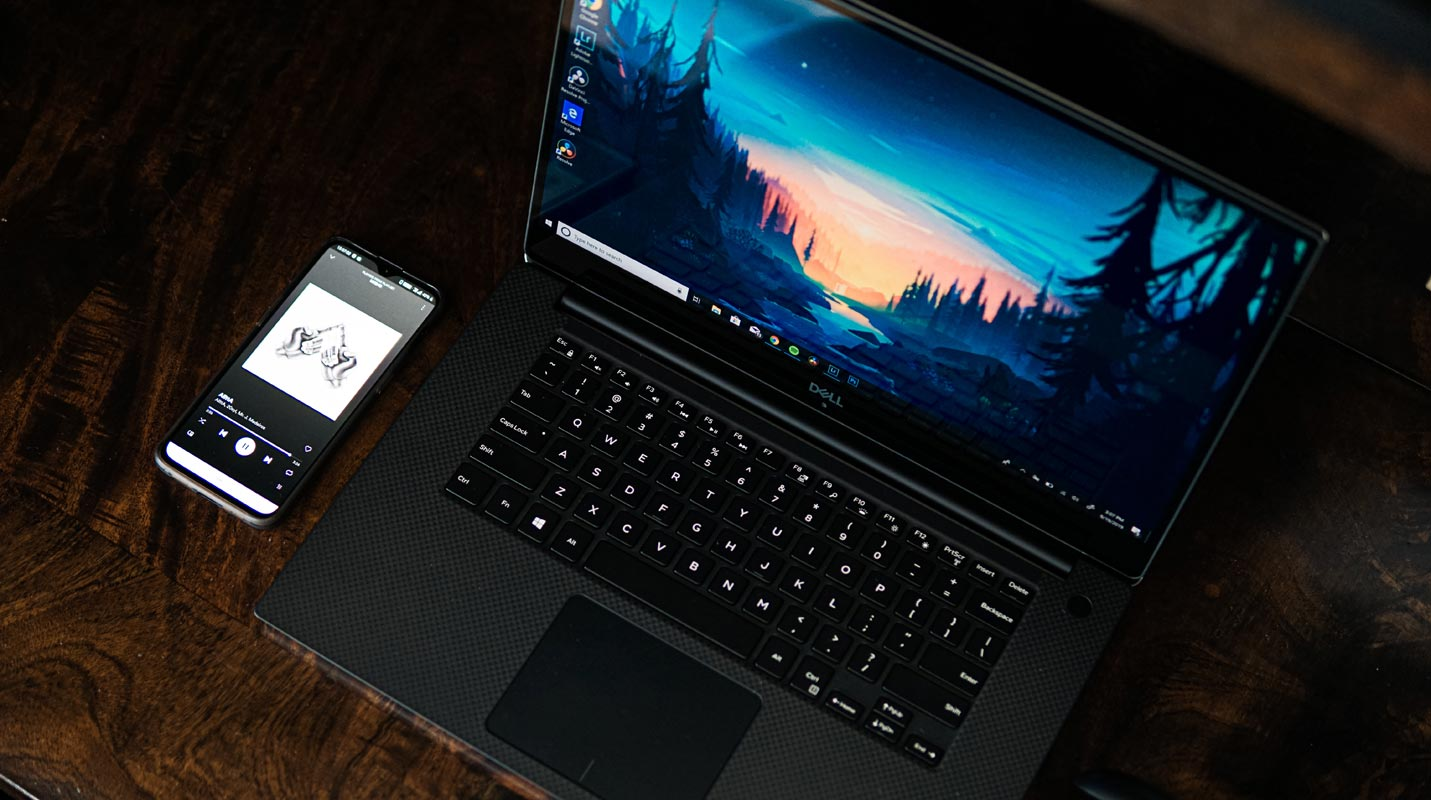 Windows Laptop with OnePlus 6T