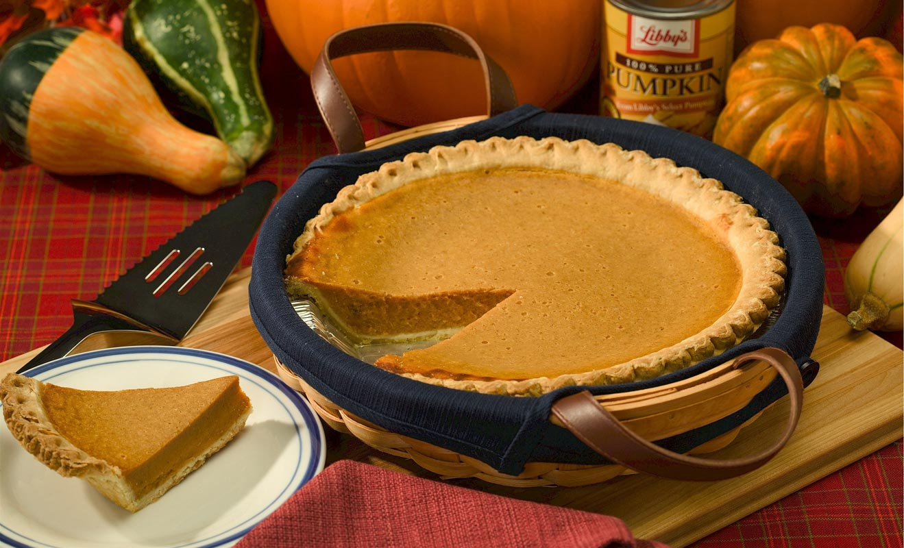 Pumpkin Pie Share in Plate
