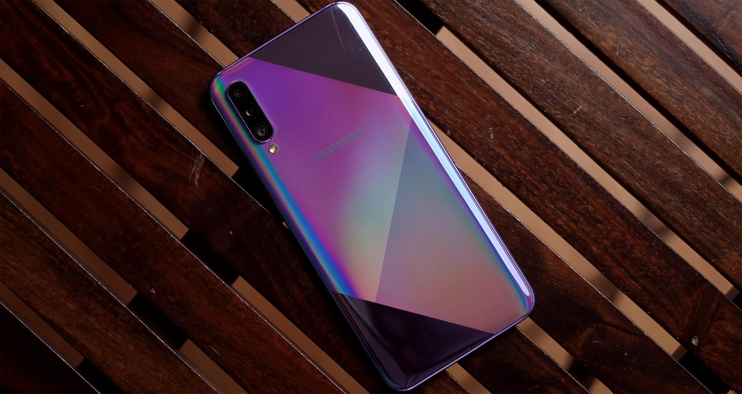Samsung Galaxy A50s Backside on the Wooden Table