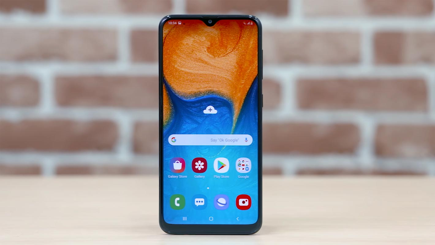 Samsung Galaxy A20 Display show on the Table