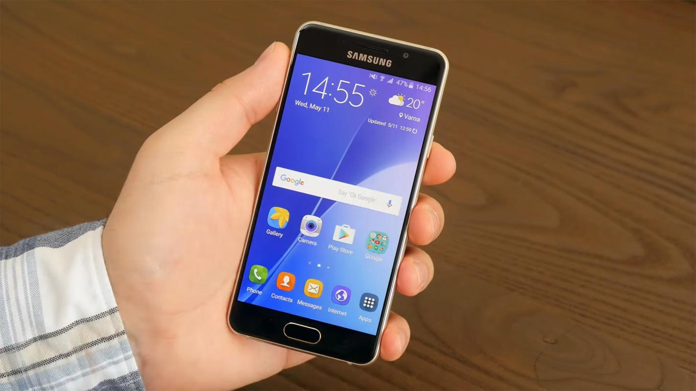 Samsung Galaxy A3 2016 in the hand