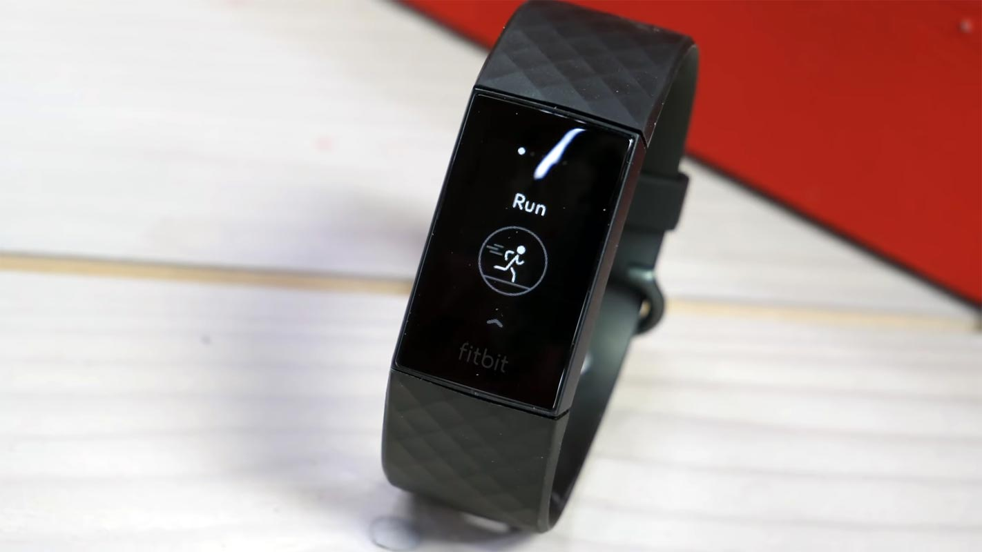 Fitbit Charge 4 run Count screen