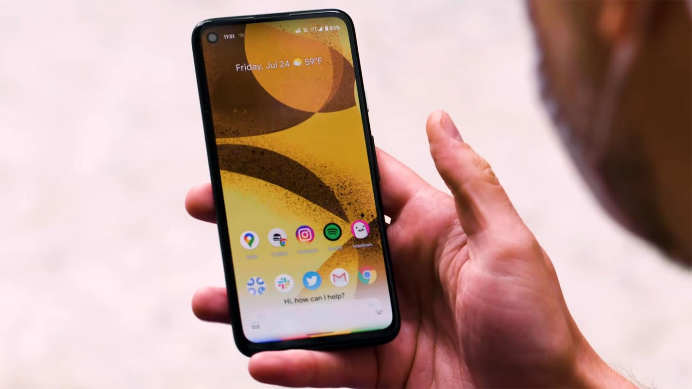 Google Pixel 4a Home Screen in the hand