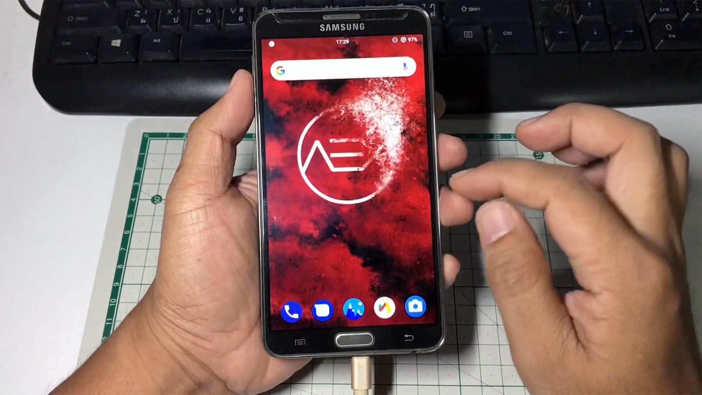 Samsung Galaxy Note 3 Lineage OS 16.10 Home Screen