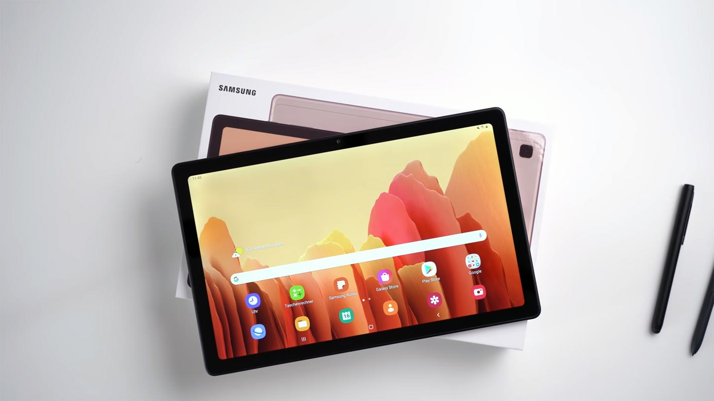 Samsung Galaxy Tab A7 10.4 2020 with retail box