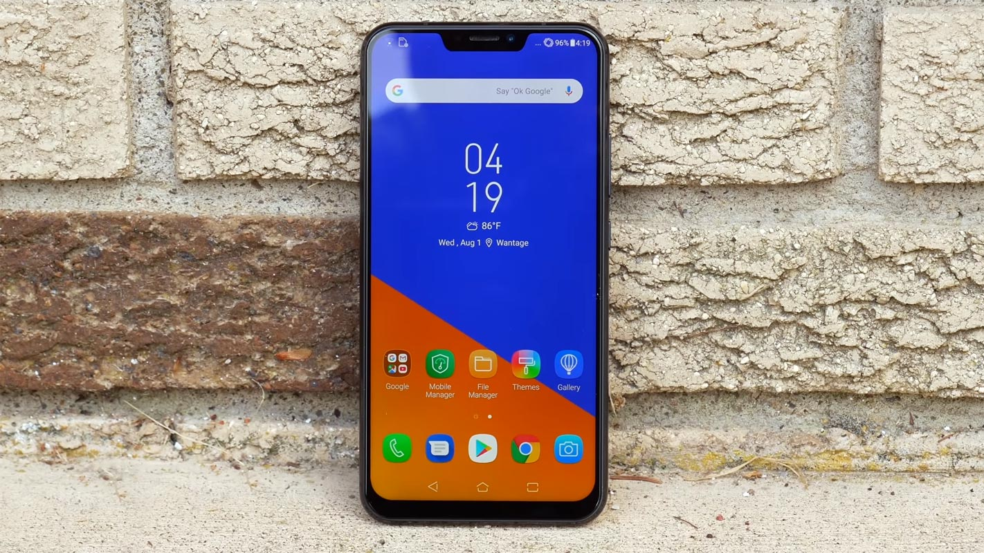 Asus Zenfone 5Z Home Screen in the surface