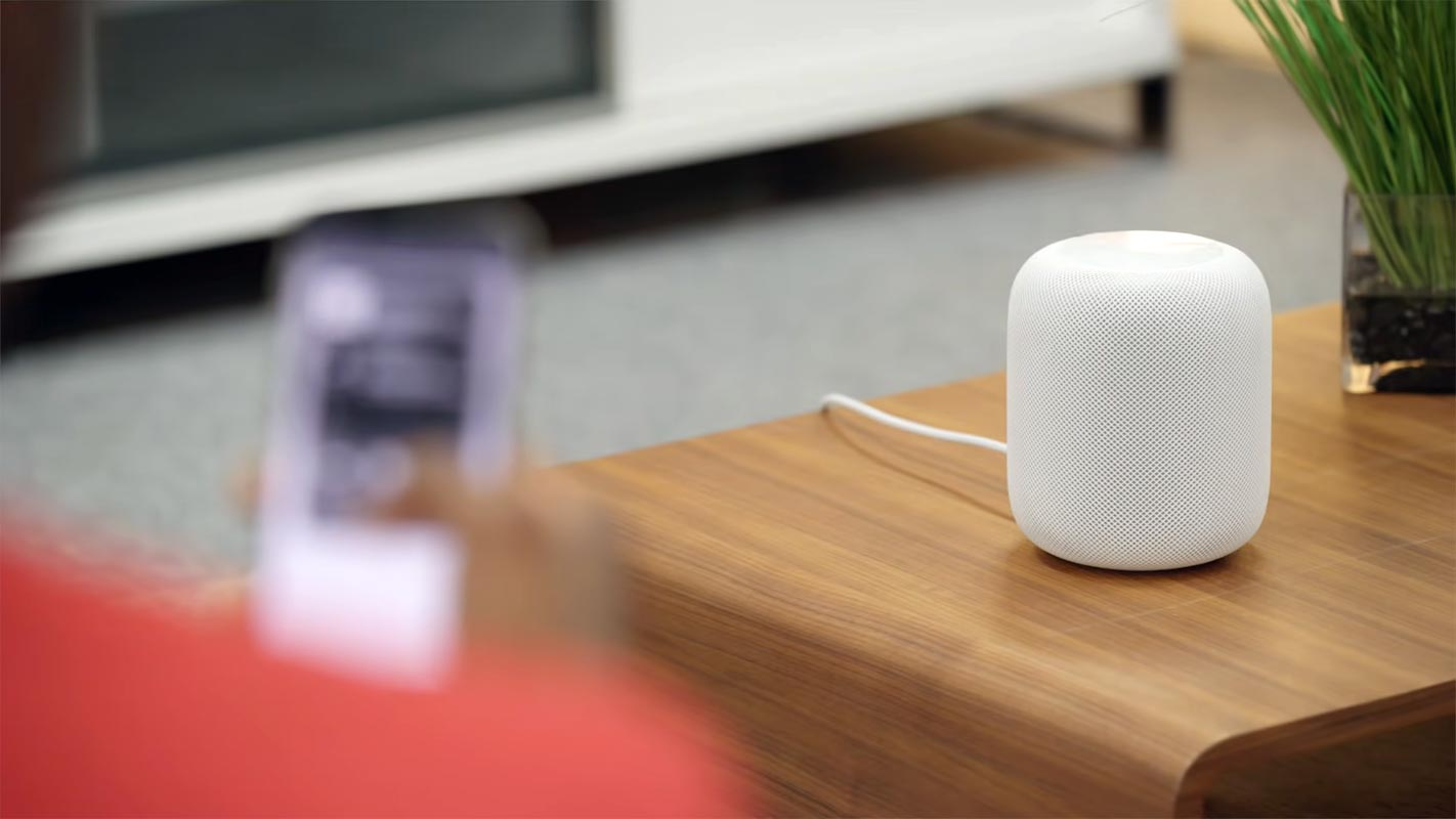 Apple Homepod in the Table