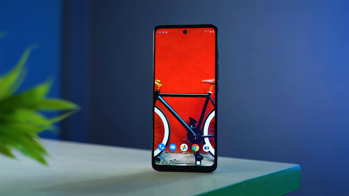 Moto G60 Unlocked Home Screen on the Table
