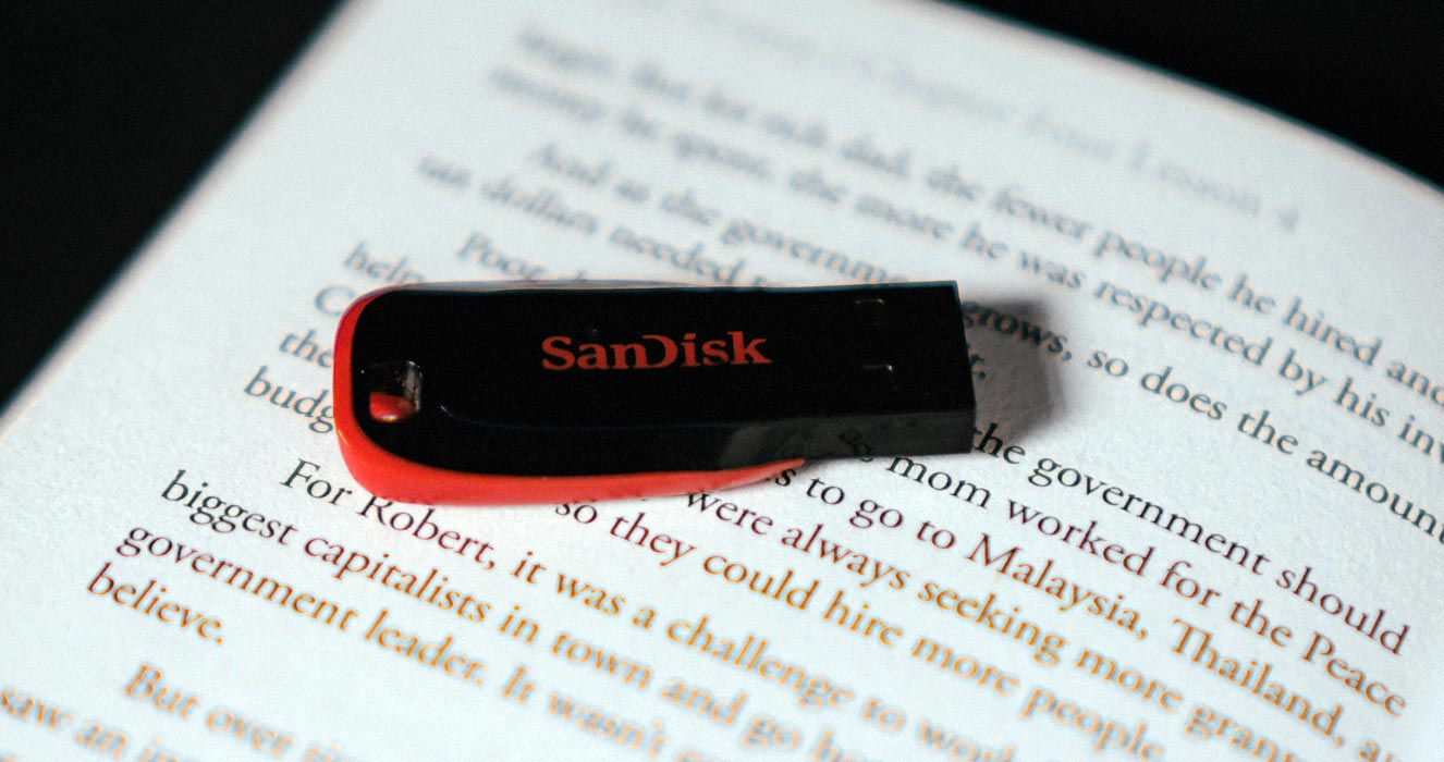 Sandisk Pendrive on the Book